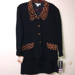 Ronni Nicole 2 Piece Leopard Suit with Skirt. 16